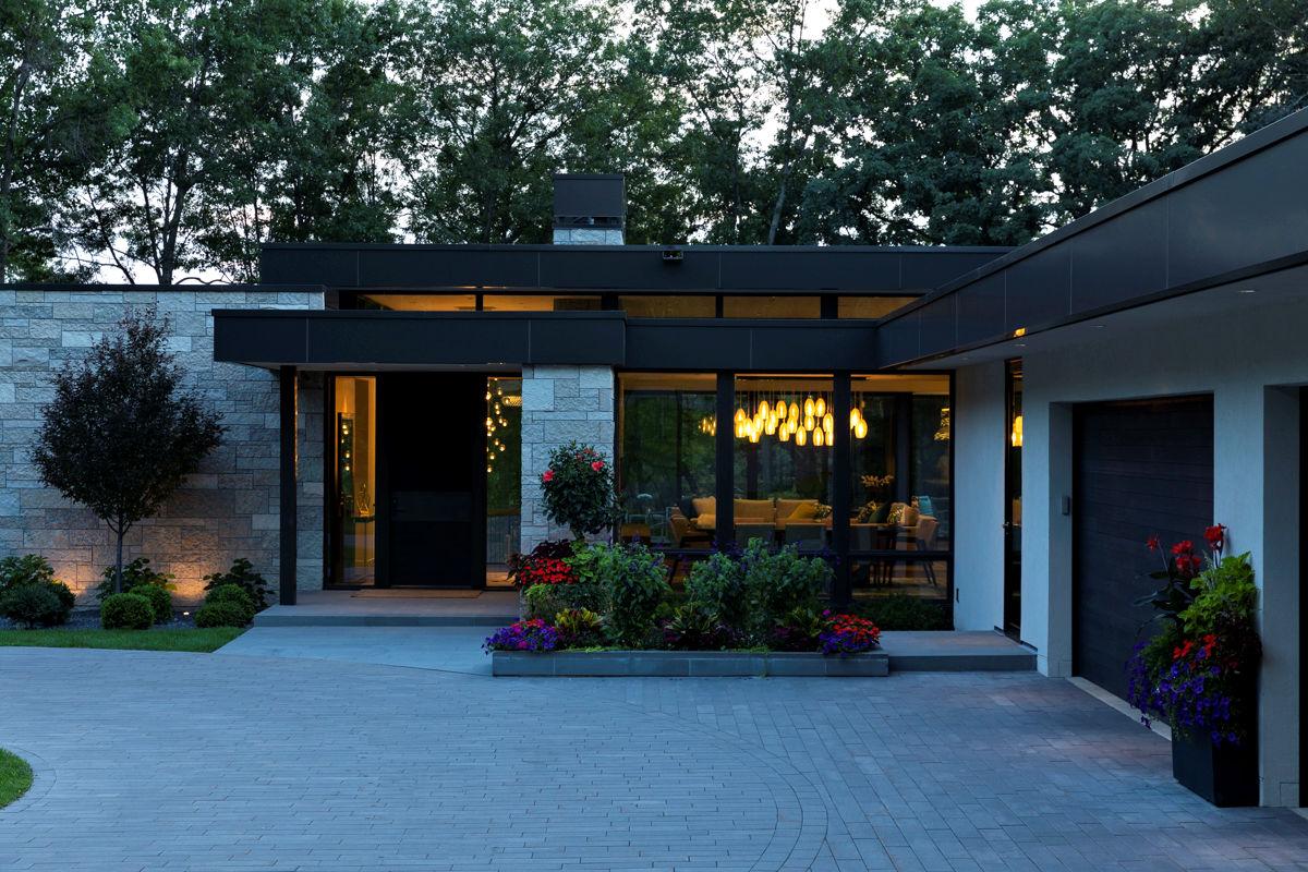Lakeside Modern landscape design by LIVIT Site + Structure