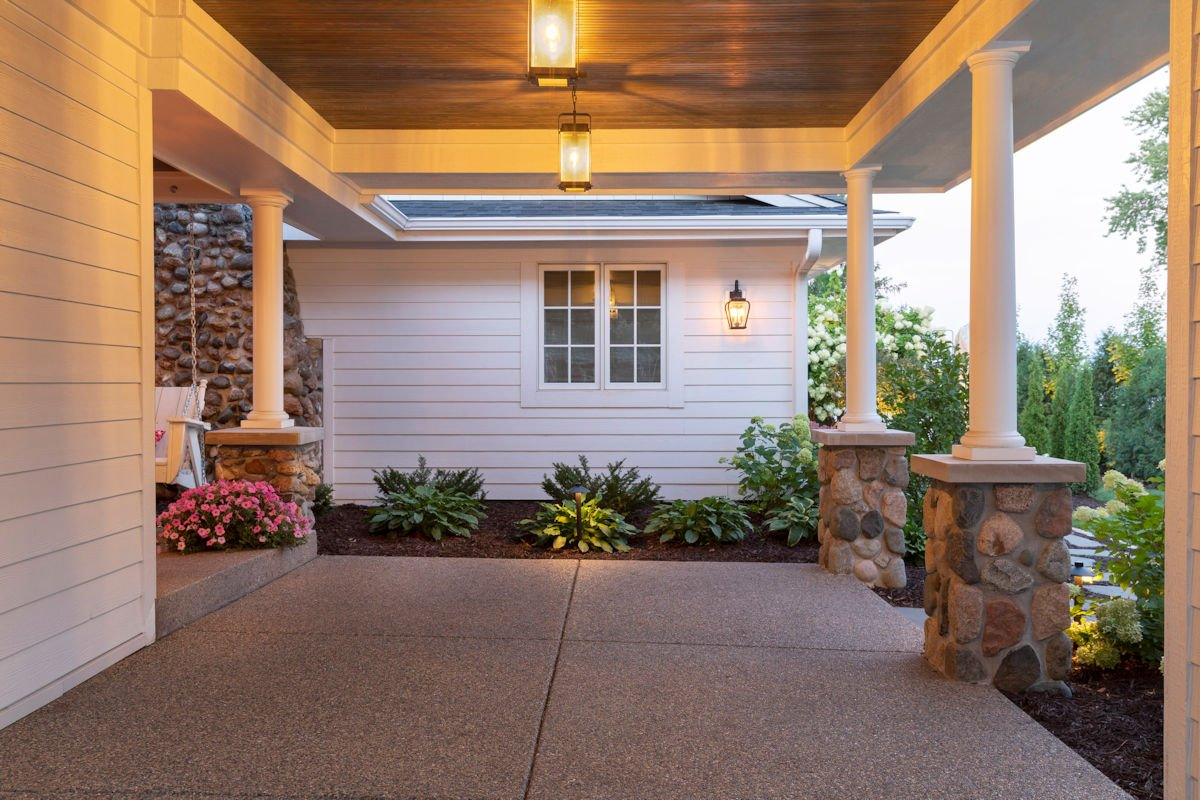 side yard landscaping in Beach House Beauty by Tim Johnson at LIVIT Site + Structure